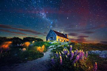 Đẹp lạ lùng những ngôi nhà đơn độc nằm giữa thiên nhiên