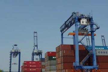 Thu thuế xuất nhập khẩu tăng hơn 15%, nợ thuế giảm mạnh
