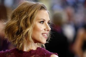 Tại sao những người xinh đẹp lại kiếm được nhiều tiền hơn những người khác?