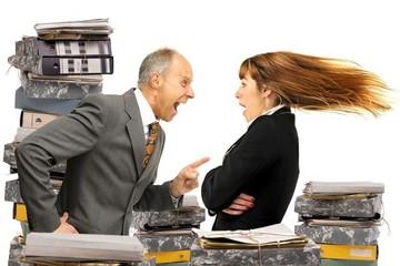 Vì sao các sếp thường thích chê nhiều, khen ít?