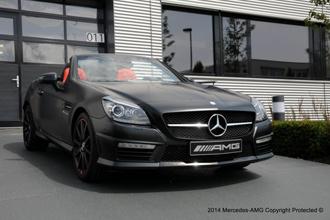 Mercedes SLK 55 AMG độc bản của AMG Performance Studio