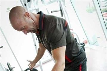 Nghề huấn luyện thể lực: Kiếm tiền ngàn đô, sức ép ngàn tấn