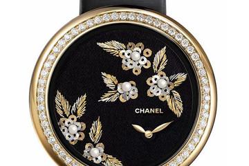 Chanel ra mắt đồng hồ thêu kim cương Mademoiselle Prive Camelia