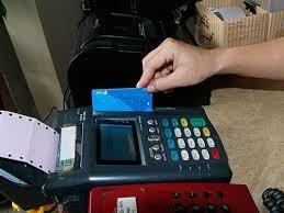 Đua phát hành thẻ, bảo mật rủi ro kém