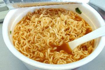 Lô mỳ tôm Việt Nam bị cấm nhập khẩu vào Úc