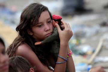 Giá dầu giảm, Venezuela đứng bên 'bờ vực'