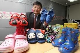 Giày dép Trung Quốc giá rẻ chứa chất gây ung thư