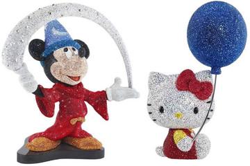 Những chú chuột Mickey và mèo Hello Kitty bằng pha lê