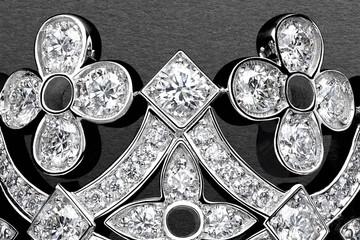 Bộ trang sức và đồng hồ cao cấp mới tuyệt đẹp của Louis Vuitton
