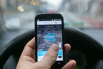 Nhiều sức ép khiến một loạt quốc gia cấm Uber