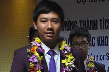 Bất ngờ từ cuộc thi Olympic quốc tế của trò Việt