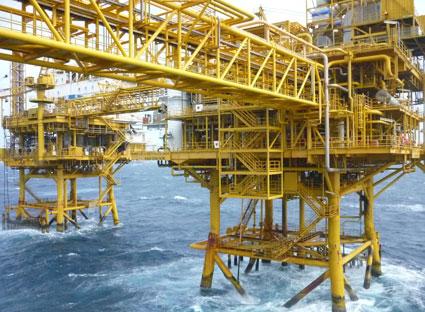 Petrolimex ký với Nhật làm nhà máy lọc dầu Nam Vân Phong