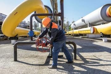 UAE kêu gọi tất cả các nước sản xuất dầu mỏ không tăng sản lượng năm tới