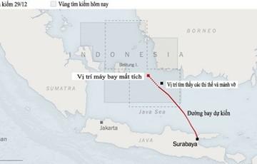 Hơn 40 thi thể được vớt gần các mảnh vỡ máy bay AirAsia