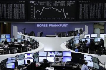 Giá dầu giảm mạnh, kìm hãm chứng khoán toàn cầu