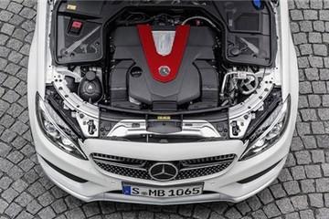 Mercedes-Benz C450 AMG 4Matic 2015: Mạnh mẽ nhưng tiết kiệm xăng