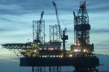 Không khai thác, bán dầu dưới giá thành