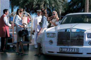 Burj Al Arab mua thêm 4 xe Rolls-Royce Phantom mừng sinh nhật