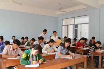 Hà Nội: Thủ khoa không chắc đỗ công chức