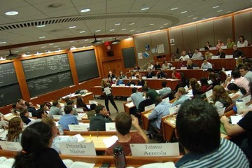 Những điều tuyệt nhất và tệ nhất khi học tại trường Kinh doanh Harvard
