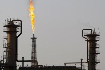 Giá dầu WTI giảm phiên thứ 3 liên tiếp khi nguồn cung Mỹ tăng