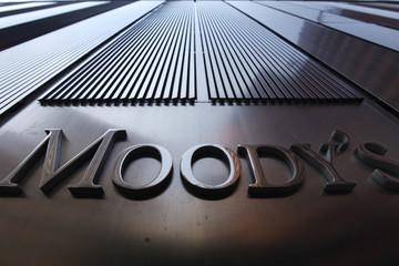 Nga: Moody's hạ xếp hạng 11 khu vực, 4 TP, 3 Cty nhà nước