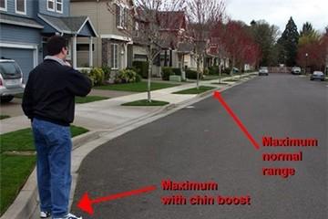 Dí chìa khóa vào đầu để tăng khoảng cách mở khóa xe từ xa