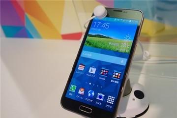 Galaxy S5 giảm giá mạnh tại Việt Nam sau khi S6 ra mắt