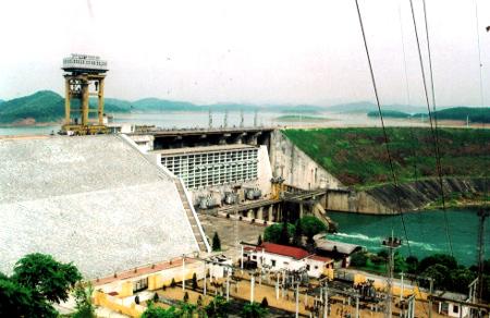 Mua 360 nghìn cổ phiếu, REE tăng sở hữu Thủy điện Thác Bà lên 60%