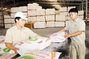 Xuất khẩu qua trung gian: Lợi hại song hành