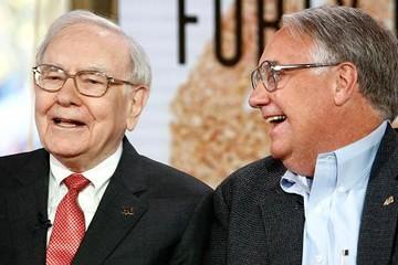 Tại sao con trai Warren Buffett không phải người kế vị tiềm năng?