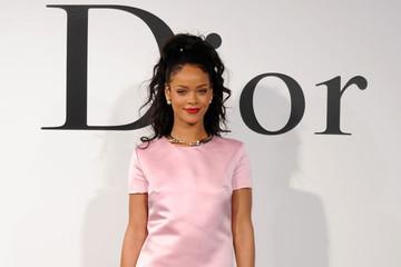 Rihanna trở thành