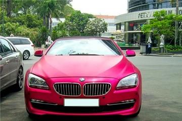 Xe mui trần BMW 650i màu hồng hàng độc tại Sài Gòn