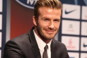 Giải nghệ, David Beckham kiếm tiền 'siêu' hơn thời kỳ đỉnh cao