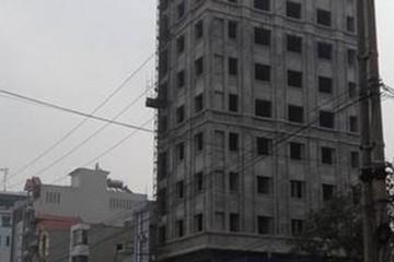 Vì sao công trình xây dựng không phép 14 tầng không bị xử lý?