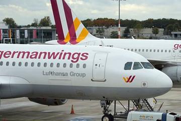 Germanwings đối mặt với khó khăn sau vụ máy bay rơi