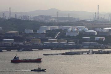 Thị trường dầu mỏ Châu Á ngày càng khốc liệt