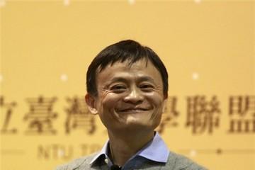Người giàu nhất Trung Quốc học tiếng Anh qua du khách