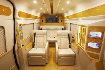 Grazia - Chiếc Mercedes-Benz với nội thất dát vàng xa xỉ