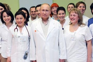 Vladimir Putin: 15 năm cầm quyền với 15 tiêu điểm (Phần 1)