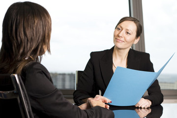 Trả lời sao khi nhà tuyển dụng hỏi: