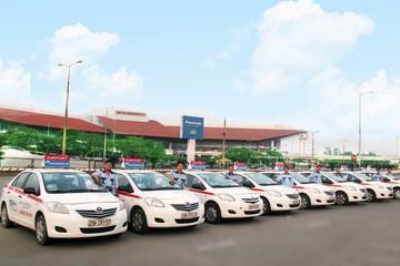 Xăng tăng, các hãng taxi Hà Nội rủ nhau tăng cước 500 -1.000 đồng/km