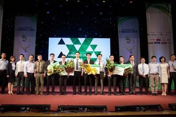 Sinh viên Ngoại thương vô địch cuộc thi I-INVEST! 2015