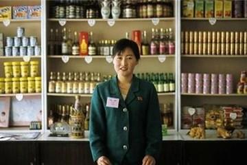 Phụ nữ Triều Tiên 'kiếm tiền giỏi hơn chồng'