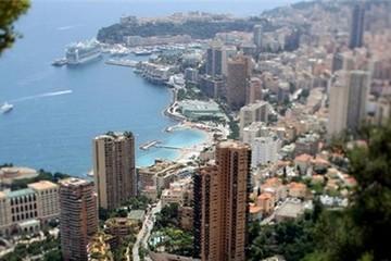 Vì sao người Monaco giàu có
