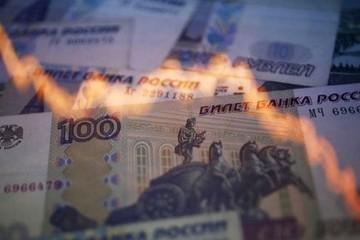 Đồng Rúp Nga rớt giá mạnh vì xung đột Ukraine leo thang
