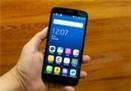 7 smartphone màn hình lớn giá dưới 4 triệu đồng