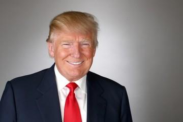 Donald Trump kiếm được 1,5 triệu USD cho 1 tiếng thuyết trình