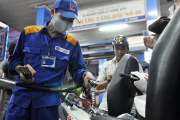 Xăng dầu đồng loạt giảm giá từ 13 giờ chiều nay
