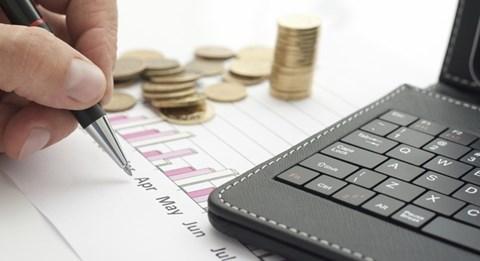 UBCK xử phạt quản lý quỹ đầu tư FPT và America LLC